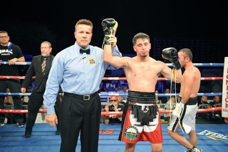 Taras Shelestyuk boxing